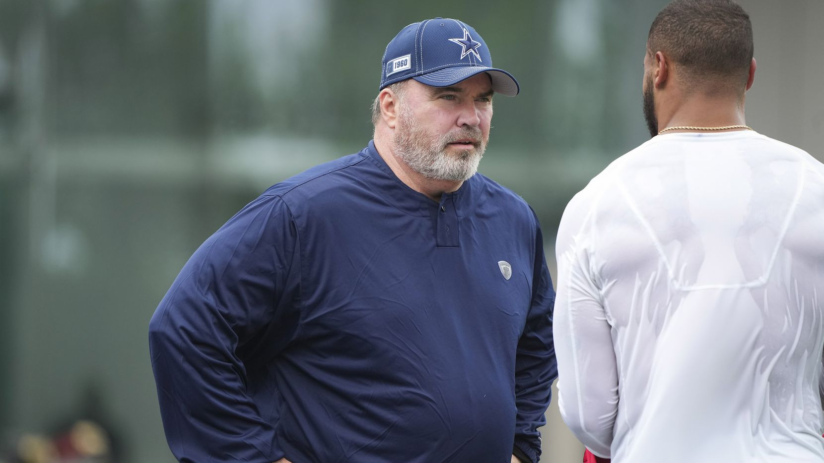 Dallas Cowboys head coach Mike McCarthy talks with quarterback Dak Prescott during a minicamp practice at The Star on Wednesday, June 9, 2021, in Frisco. (Smiley N. Pool/The Dallas Morning News)