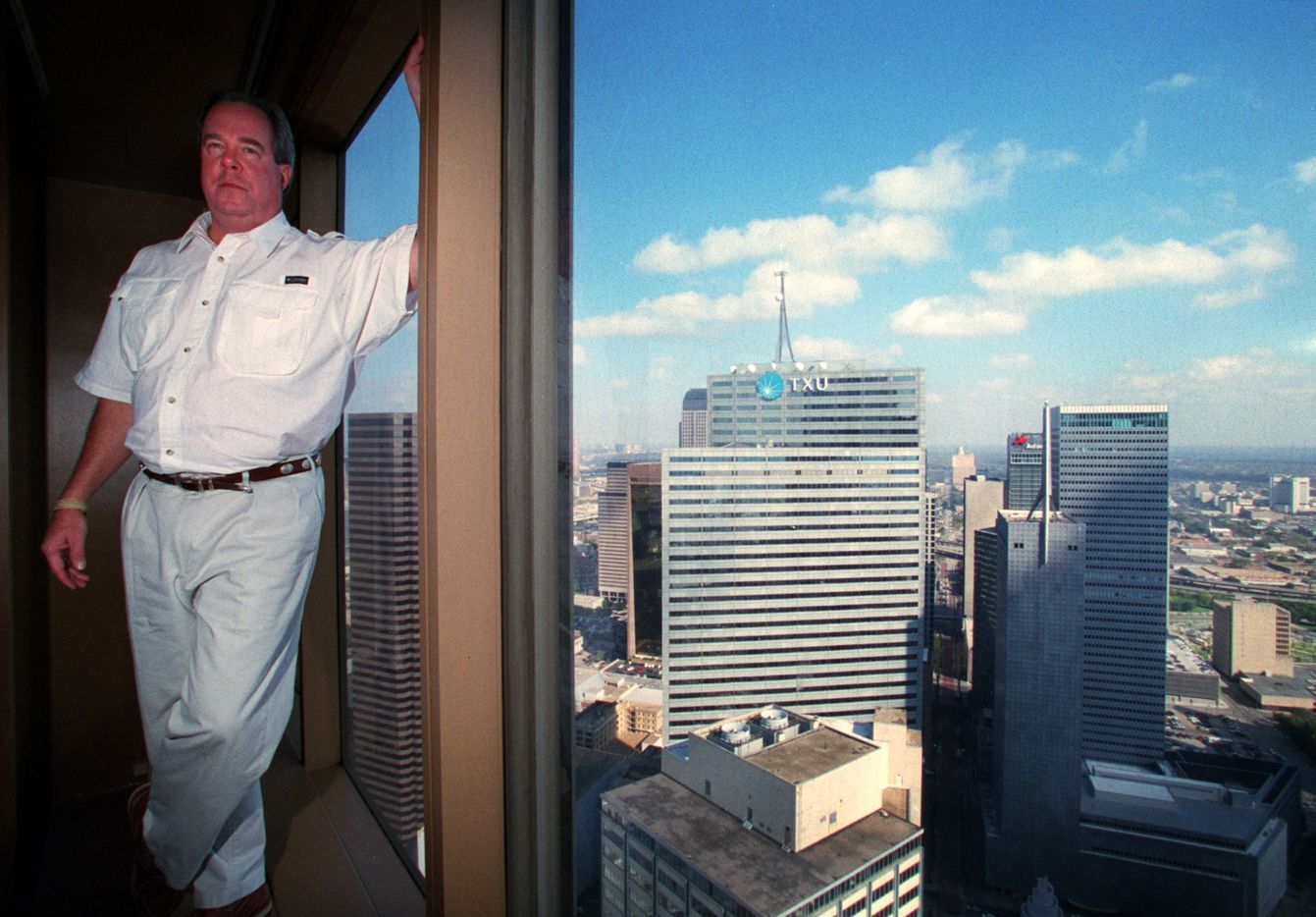 Sam Ware was too early for the downtown Dallas reboot when he bought the First National Bank tower in the 1990s.