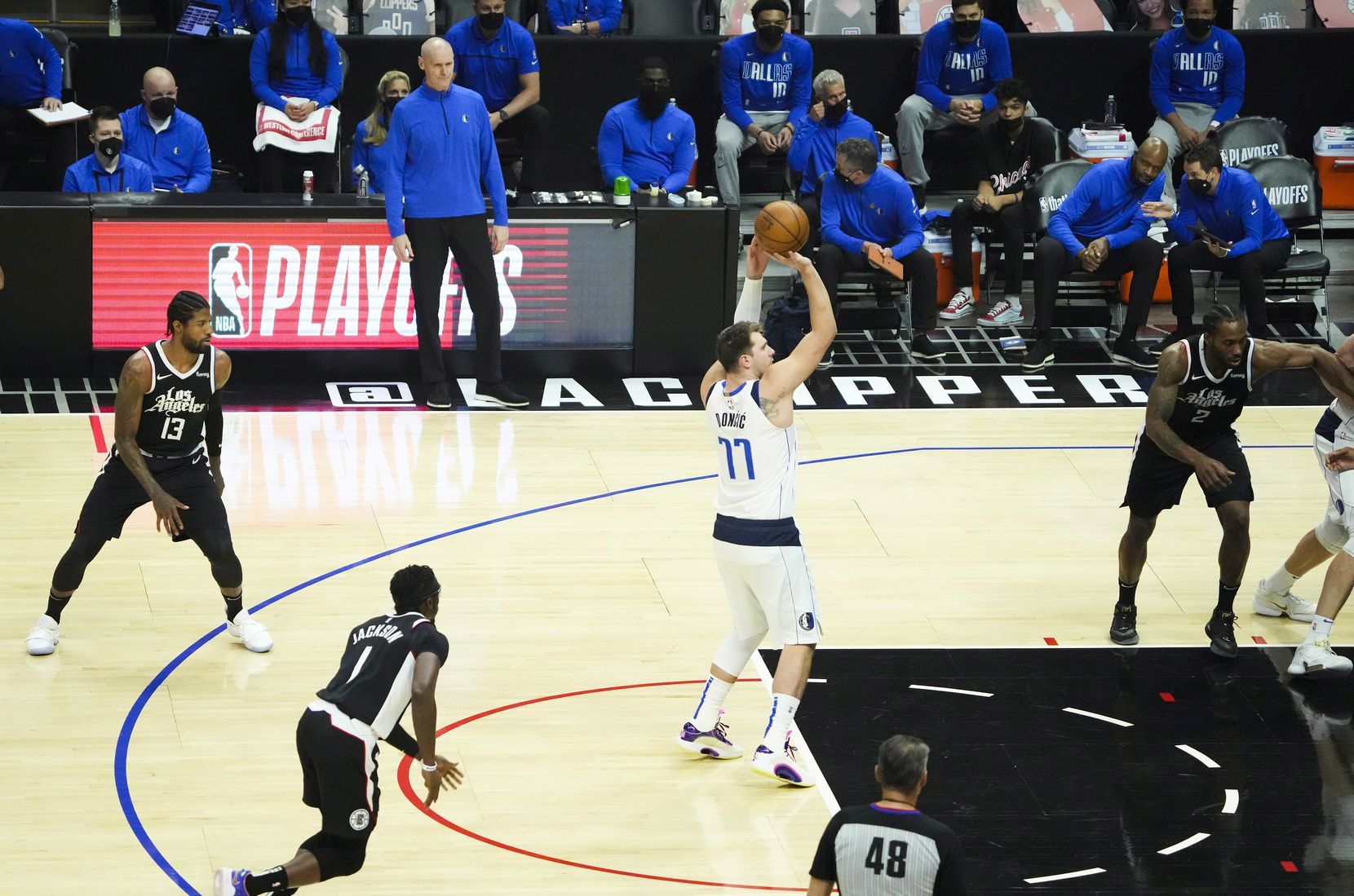 Dallas Mavericks guard Luka Doncic (77) shoots a free throw during the first quarter of Game 7 of an NBA playoff series against the LA Clippers at the Staples Center onSunday, June 6, 2021, in Los Angeles.