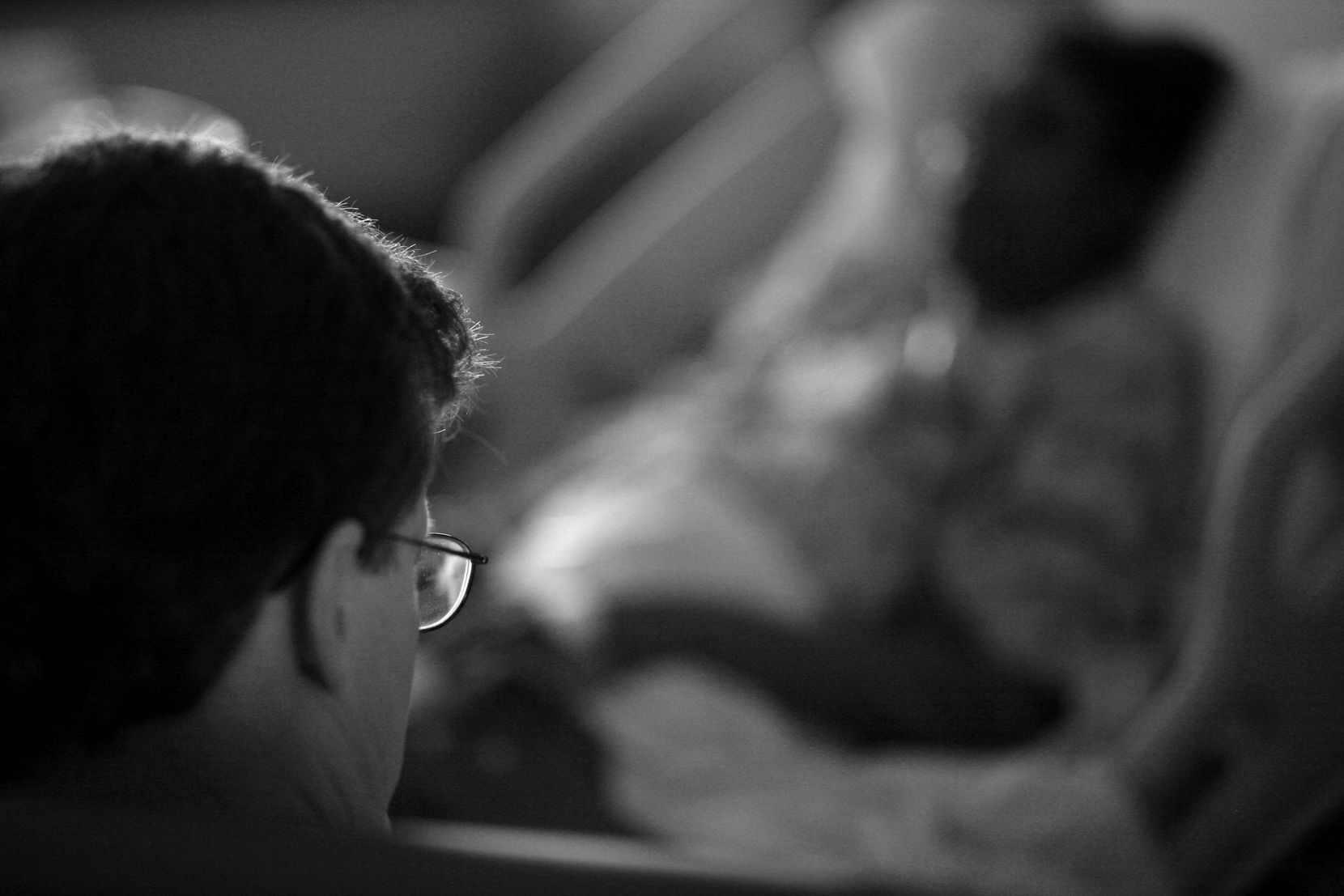 In this 2008 archival photo, Dr. Robert Fine talks with a patient about her condition.
