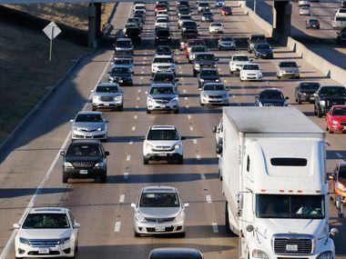 Bridge construction this week will cause delays on I-30 through Arlington.