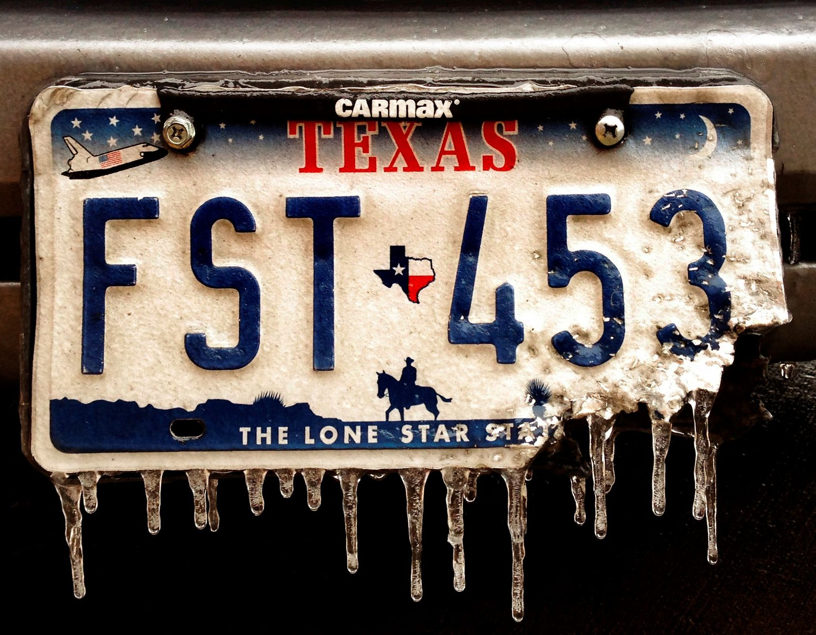 """With its red, white and blue color scheme, the """"Lone Star Classic"""" licence plate design — immediate predecessor to the current """"Texas Classic"""" plate — surely sent chills of patriotism up the spine of many a motorist."""
