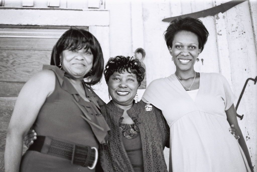 Yvette Johnson (right), one of four grandchildren of Booker Wright, with her mother, Katherine Jones (left), and aunt Vera Douglas.  (Photo used by permission of the author)