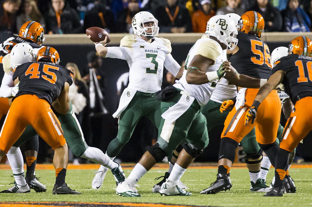 Baylor quarterback Jarrett Stidham (3) throws a pass during the first half of an NCAA football game against Oklahoma State at Boone Pickens Stadium on Saturday, Nov. 21, 2015, in Stillwater, Okla.