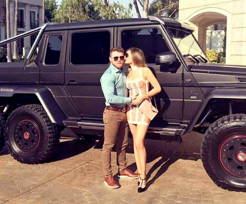 """El boxeador mexicano Saúl """"Canelo"""" Álvarez tiene nuevo juguete: la única camioneta Mercedes-Benz Clase G 6×6 del País./ AGENCIA REFORMA"""