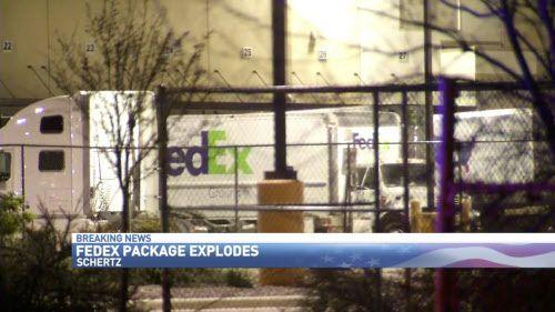 Un paquete bomba explotó en un centro de FedEx en San Antonio. Estaría ligado a los bombazos en Austin. AP