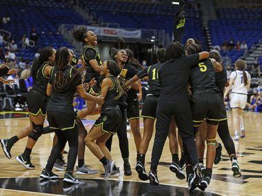 Desoto girls celebrate.DeSoto vs. Cypress Creek girls basketball Class 6A state championship game on Thursday, March 12, 2021 at the Alamodome.