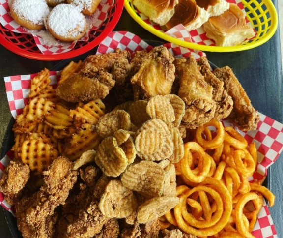 A Colleyville restaurant offers fried food inspired by the State Fair of Texas, minus the Midway.
