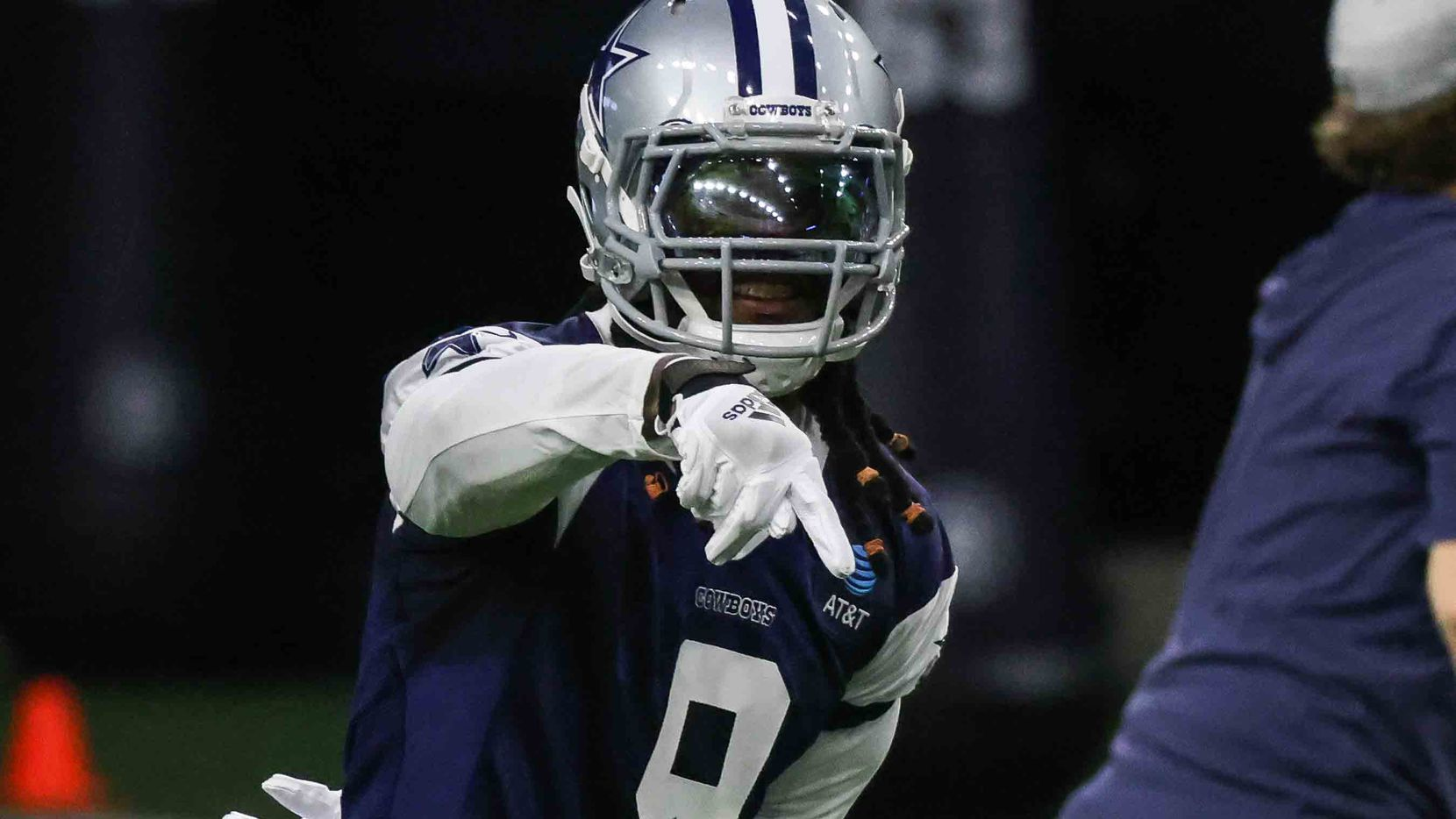 LB Jaylon Smith, 9, during the Cowboys' full-squad offseason workouts at The Star in Frisco on Tuesday, May 25, 2021.