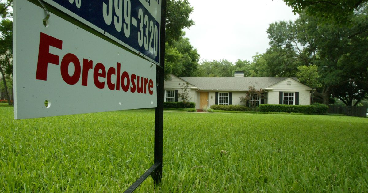 D-FW late home mortgage payment rate soars
