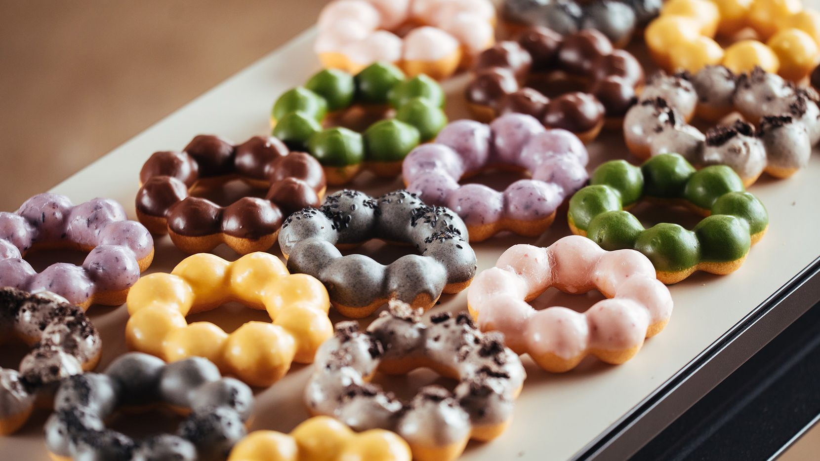 Fat Straws in Richardson will sell mochi doughnuts and bubble tea.
