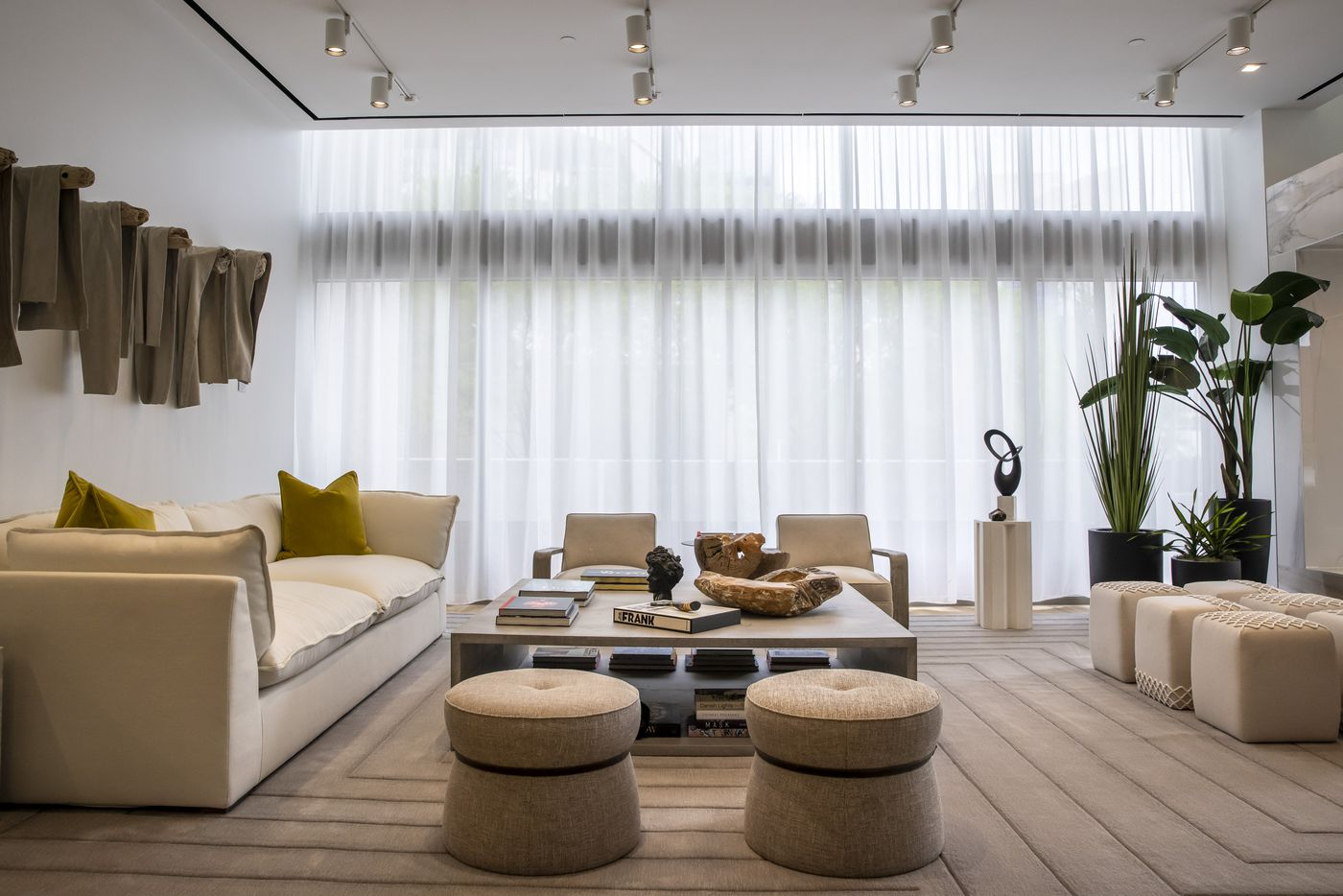 The main lobby of the Atelier, a 41-story luxury residential building in the heart of the Dallas Arts District. (Lynda M. González/The Dallas Morning News)