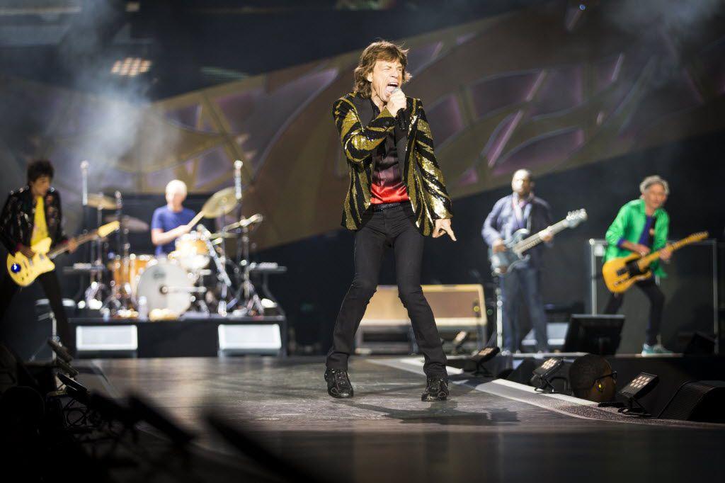 Mick Jagger on stage Saturday night at AT&T Stadium.