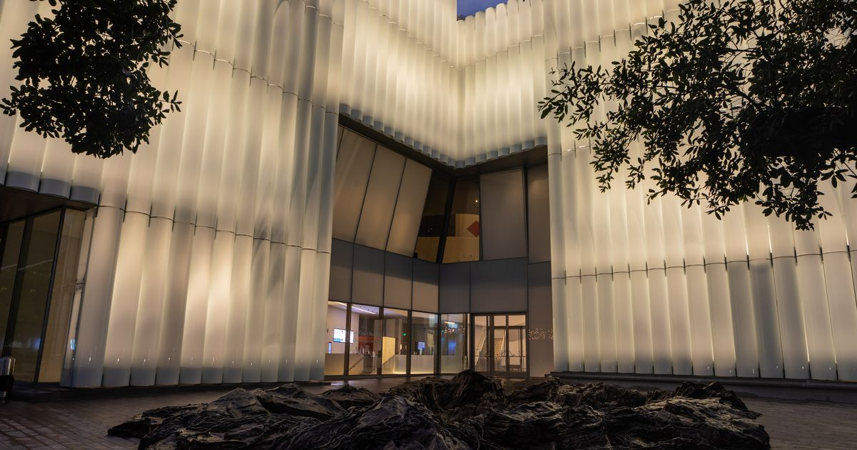 In Houston, a glowing new home (and a remade old one) for modern art