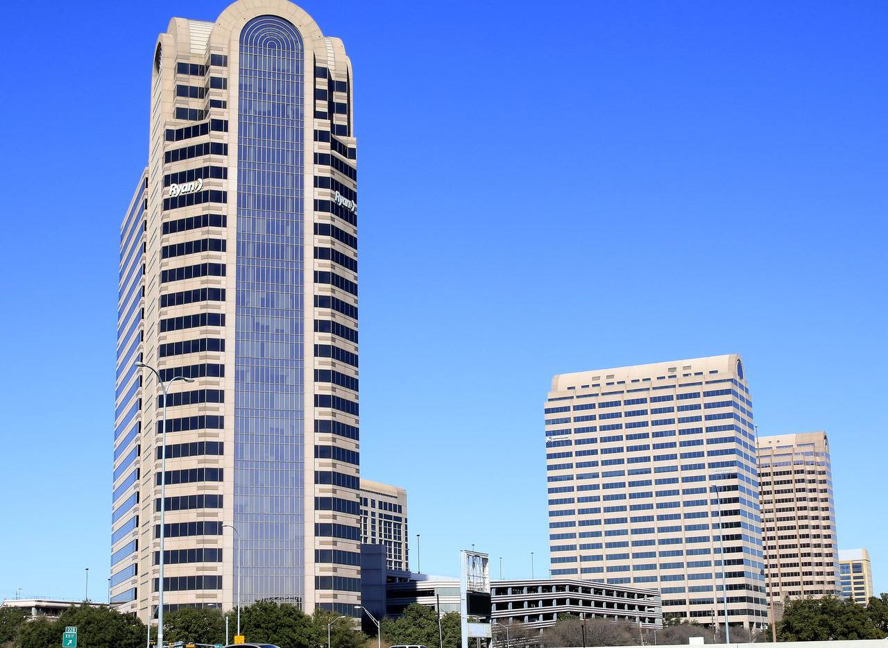 The Galleria office towers contain 1.4 million square feet.