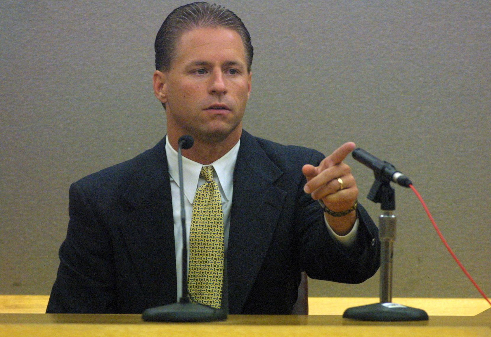 Sgt. Jeff Spivey, who is now chief of the Irving Police Department, pointed to Texas Seven suspect George Rivas during a pretrial hearing in 2011.
