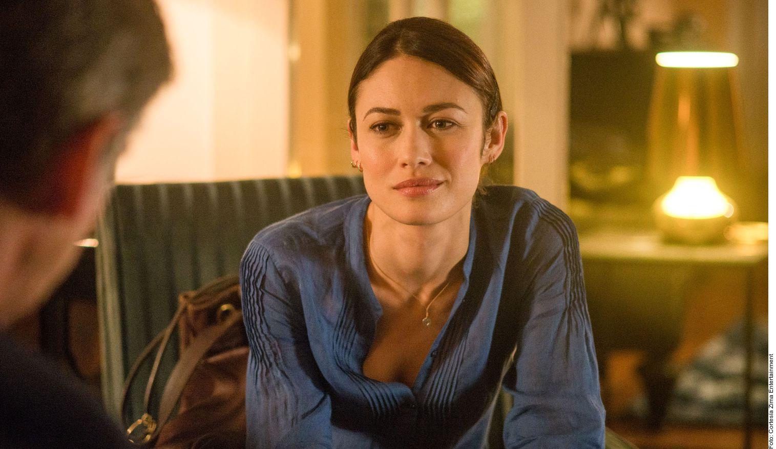 La actriz Olga Kurylenko (foto), conocida por su rol en la cinta de James Bond, Quantum of Solace, confirmó la semana pasada que había dado positivo por Covid-19 y alentó a los fanáticos a tomar la pandemia en serio.