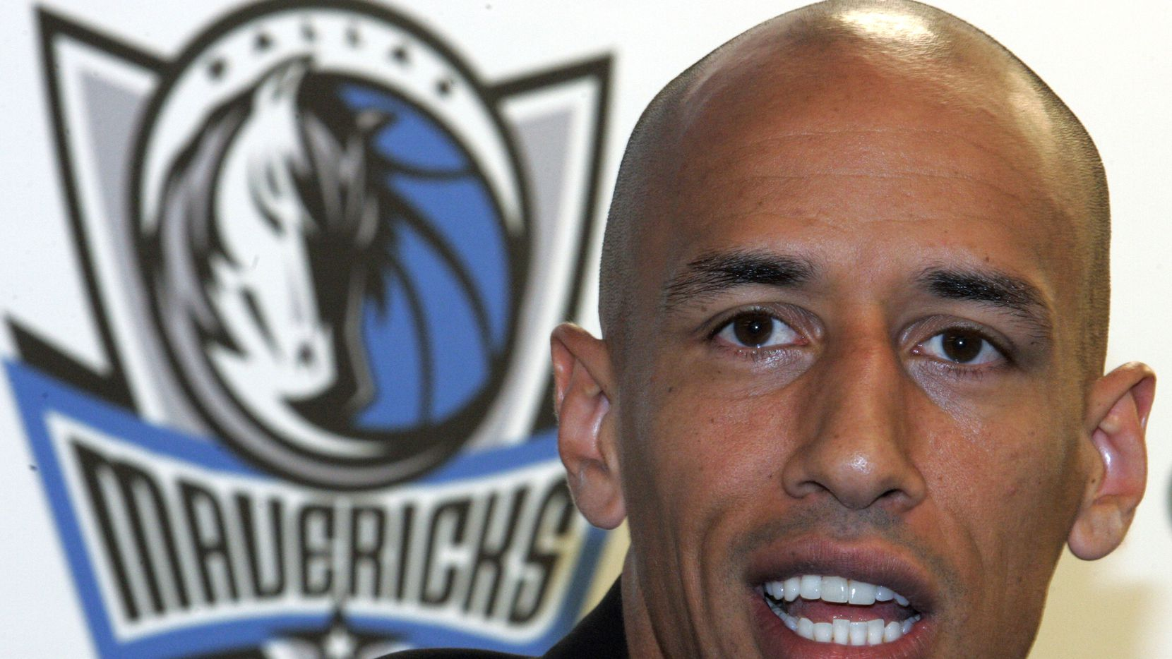 Doug Christie talks about signing with the Dallas Mavericks during a press conference on Friday August 19, 2005 at American Airlines Center in Dallas. Mavericks also signed Darrell Armstrong, DeSagana Diop, Josh Powell and Rawle Marshall.