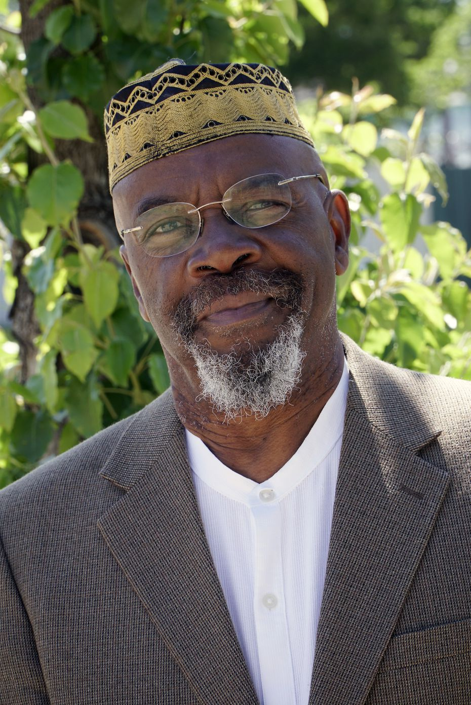 Imam Khalid Shaheed pioneered social justice efforts at Masjid Al-Islam. The Dallas mosque has been providing food and respite for 500 people every weekend for more than a decade.