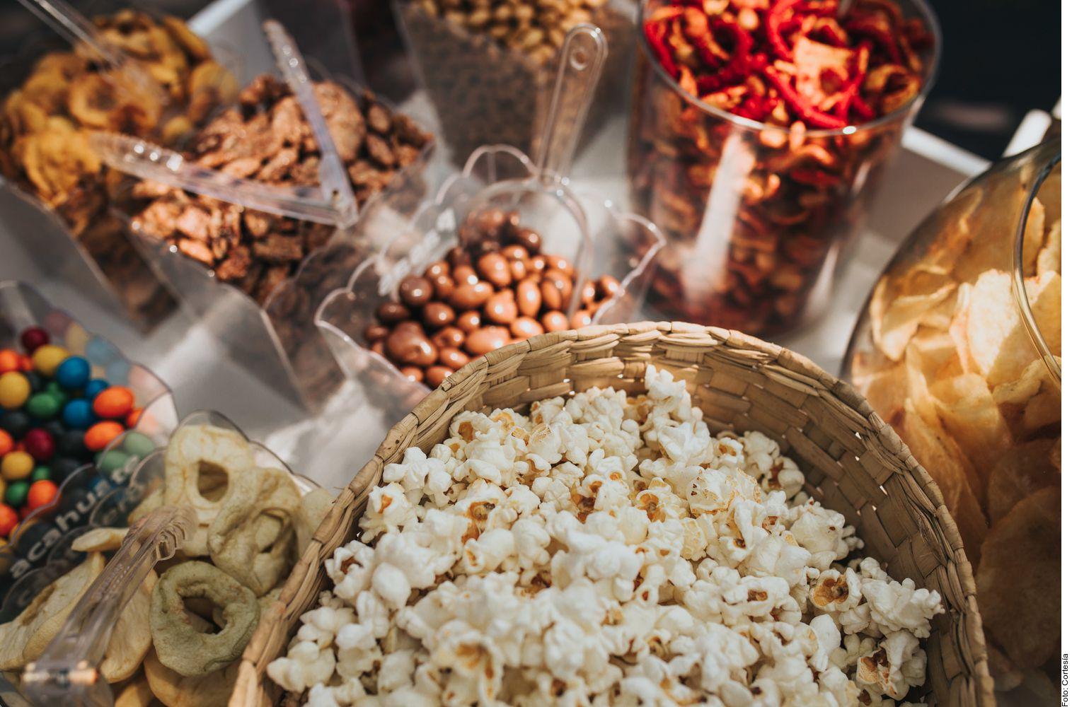 Hay diferentes acciones que se pueden implementar para que un festejo sea más amigable con el ambiente. Hay algunas parejas que incluso buscan que los residuos de la comida vayan a la composta.