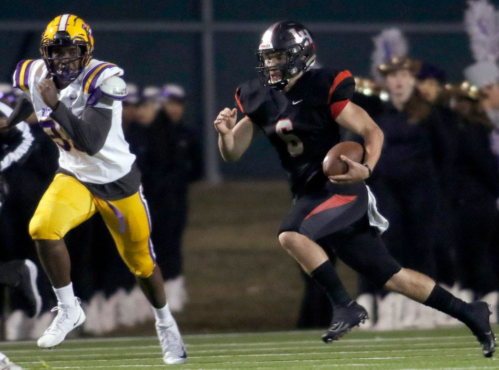 Lake Highlands quarterback Mitch Coulson (6) scampers through the Richardson secondary as Richardson defender Tomaso Brown (95) gives chase during a second quarter rush. Lake Highlands defeated Richardson 27-7. The two teams played their District 8-6A football game at Wildcat-Ram Stadium on the campus of Lake Highlands High School in Dallas on November 8, 2019. (Steve Hamm/ Special Contributor)