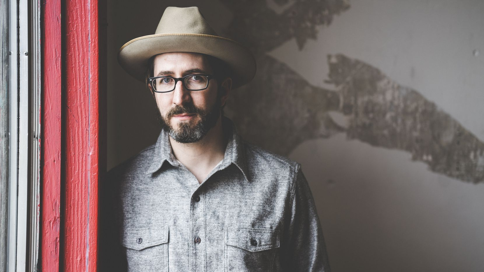 Dallas-based Christopher J. Norwood is set to release his fine new album 'Longshot' on Aug. 11.