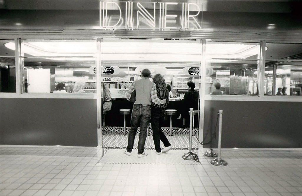 In 1983, Bloomingdale's in Valley View had a diner.