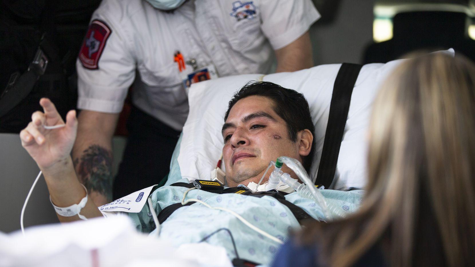 Hugo Miranda abandonó el lunes el Methodist Richardson Medical Center, luego de casi tres meses enfrentando covid-19.