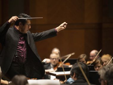Conductor Miguel Harth-Bedoya leads the Fort Worth Symphony during a concert at the Bass Performance Hall in Fort Worth on Jan. 10, 2020.