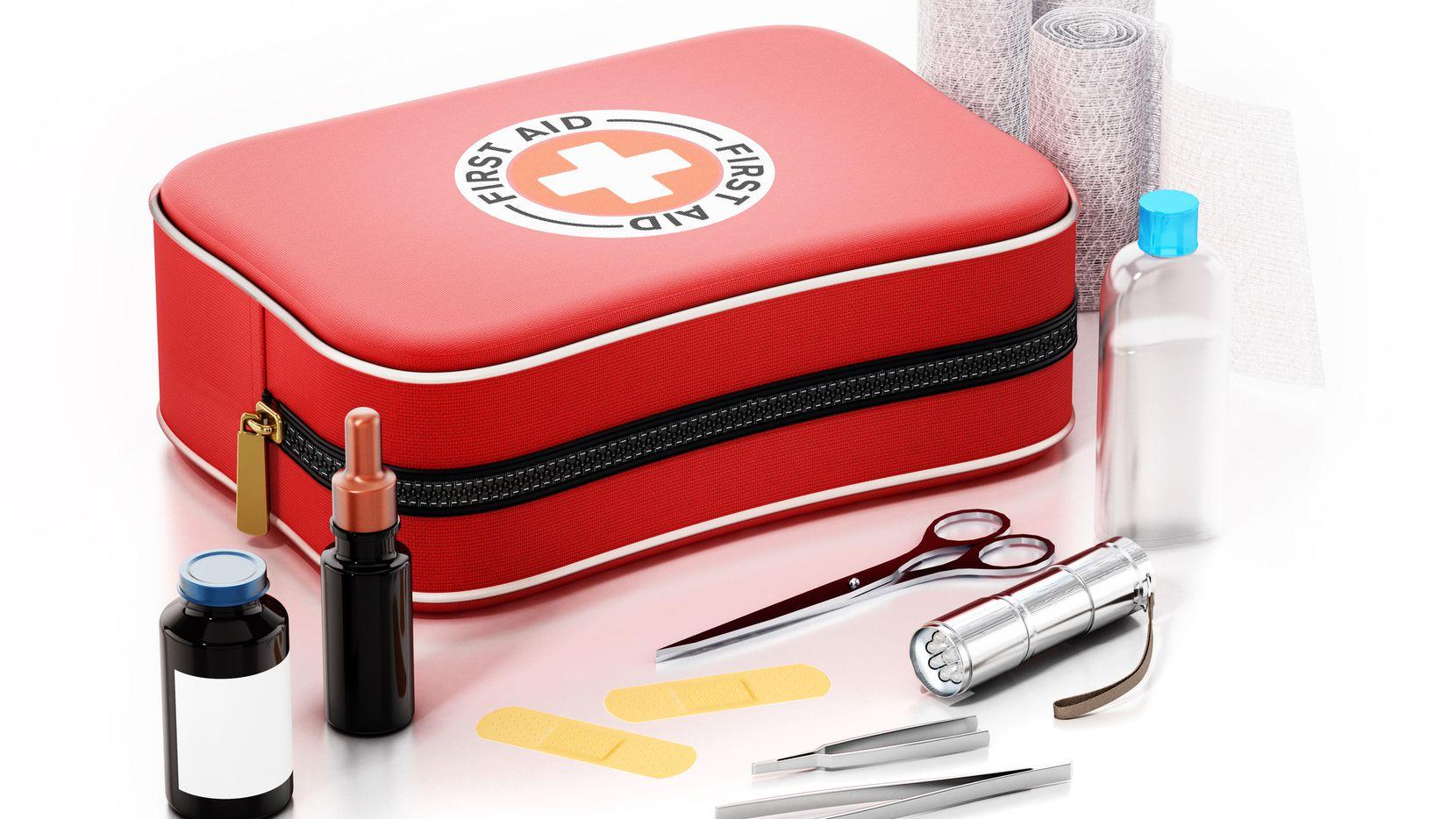 Artículos de emergencias, como un botiquín médico, no tendrán impuestos este fin de semana. Se recomienda hacer las compras en línea.