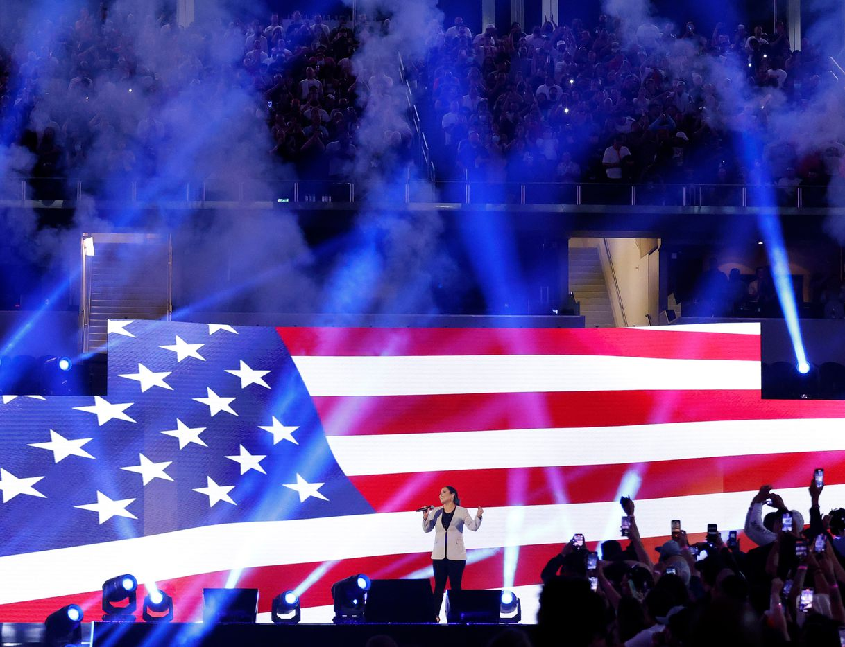 American Tejano/Latin pop singer and actress Jennifer Peña sang the U.S. national anthem before the Canelo Alvarez/Billy Joe Saunders unified super middleweight title fight at AT&T Stadium in Arlington, Saturday, May 8, 2021. (Tom Fox/The Dallas Morning News)