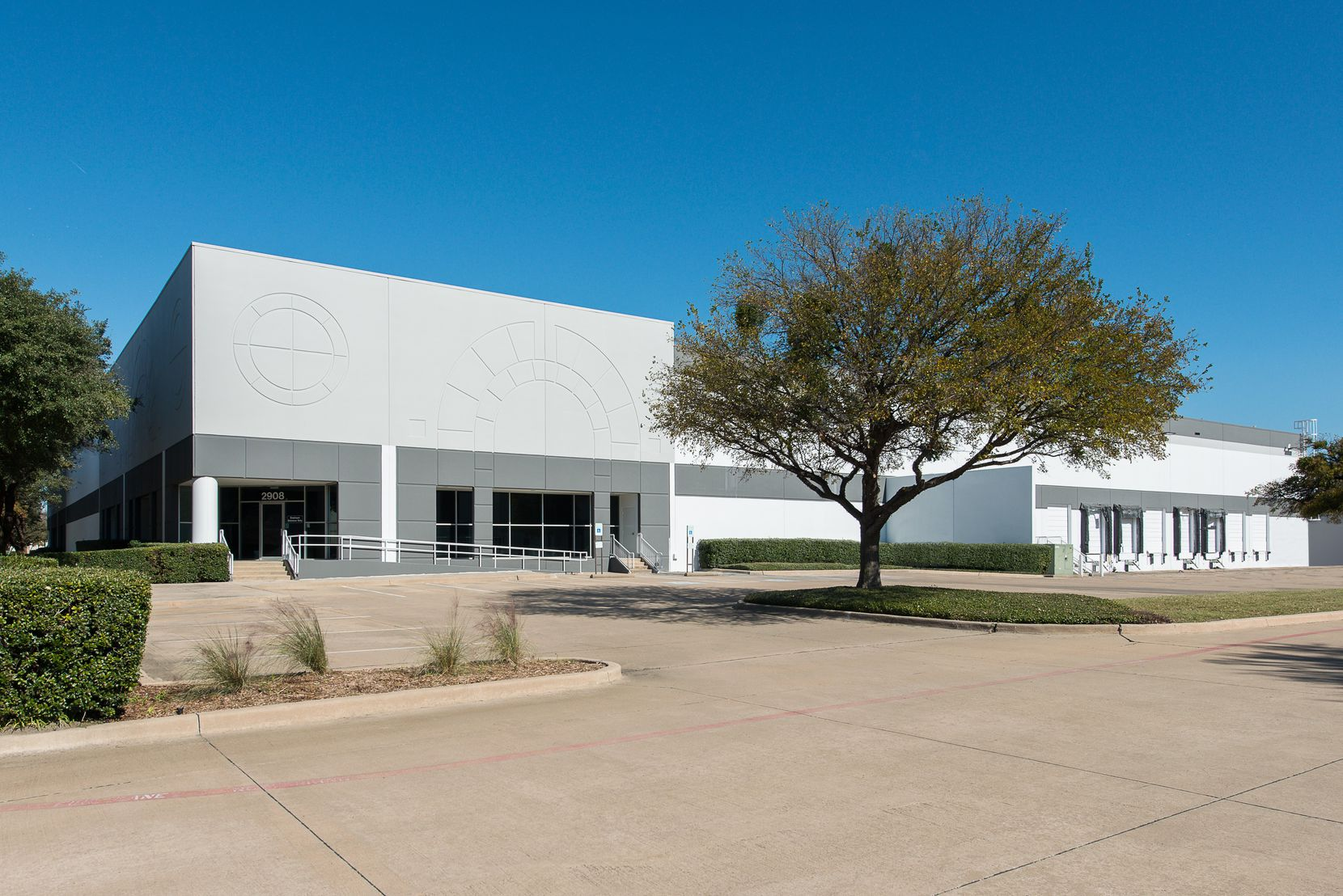 NAPCO Bag & Film has leased industrial space at 2908 Commodore Drive in Carrollton