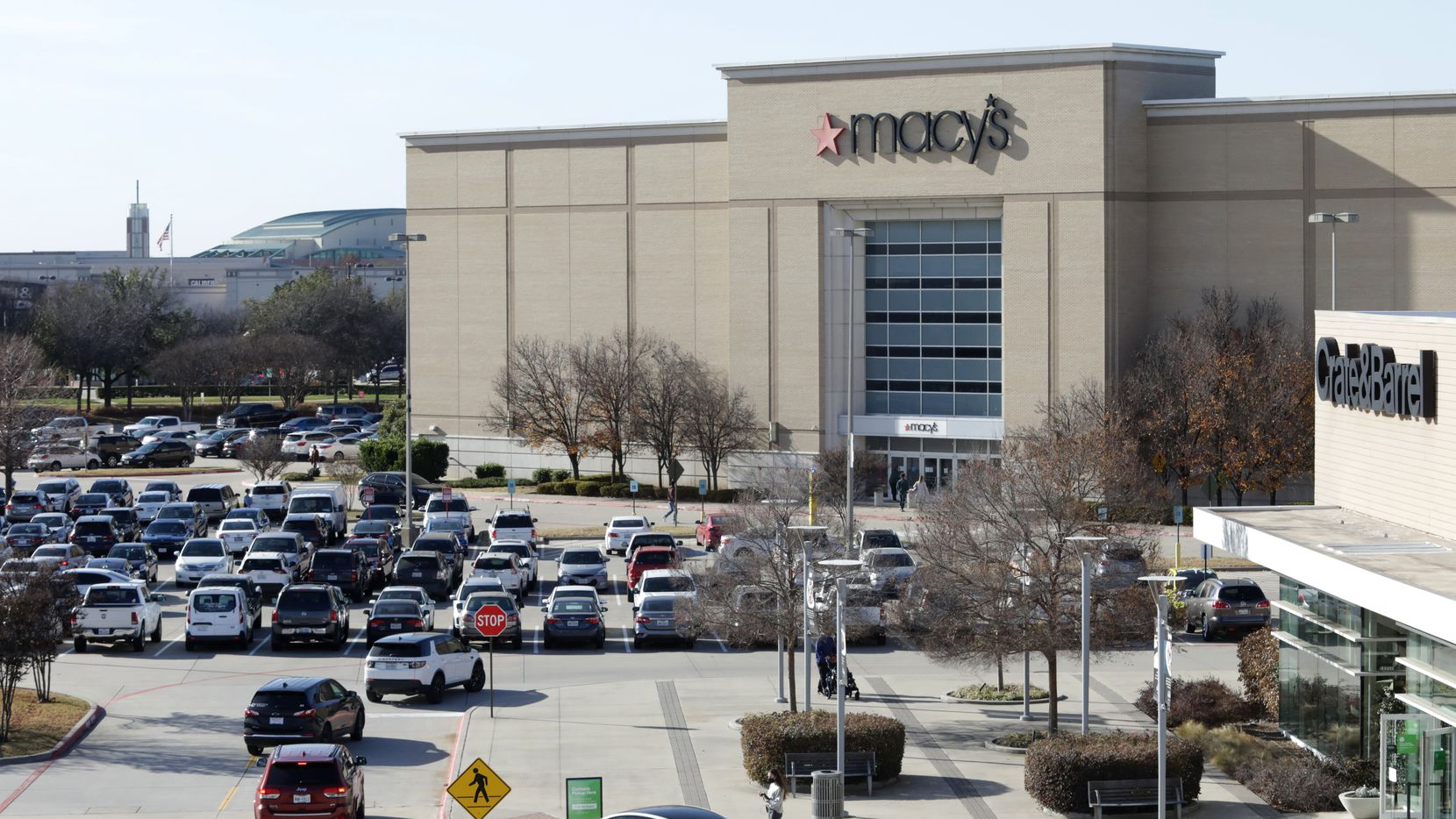 The Shops at Willow Bend is an attractive mall that's in good shape physically, but it has lost tenants over the years and customer traffic was weak even before the pandemic.