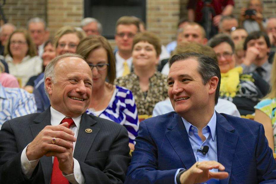 Presidential candidate Ted Cruz sat with Rep. Steve King, R-Iowa, at a town hall event at Morningside College in Sioux City, Iowa, on April 1, 2015.