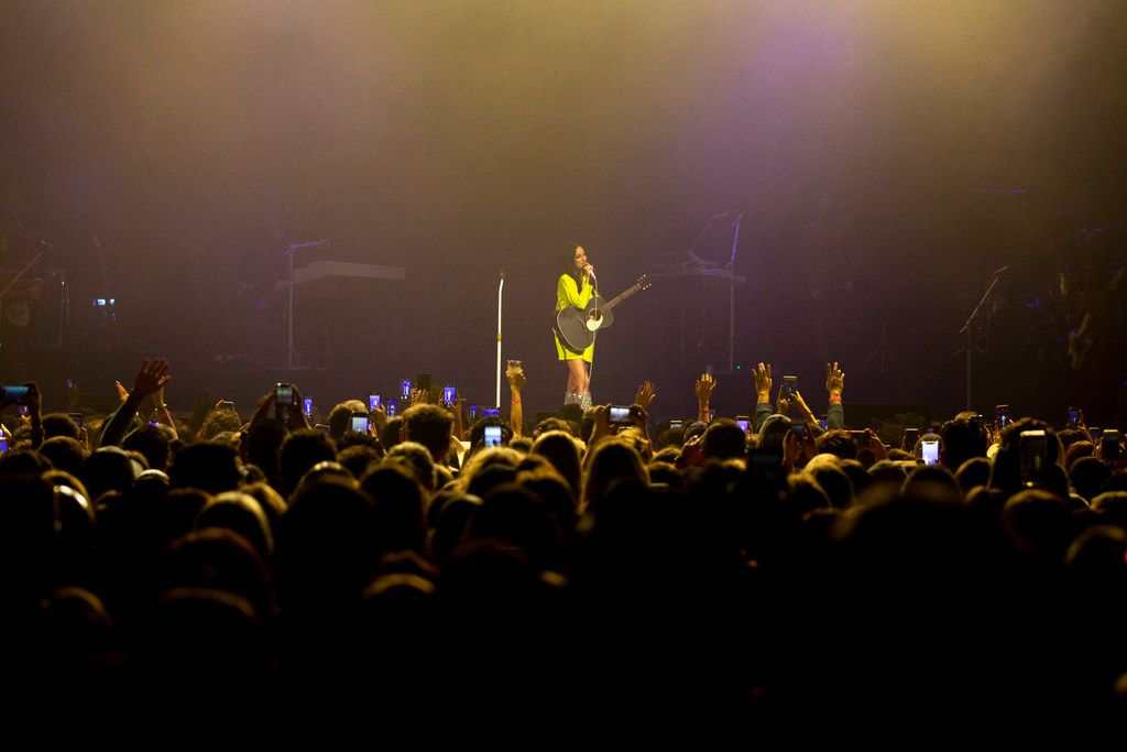 Kacey Musgraves performs at The Bomb Factory in Dallas on Friday, March 8, 2019.  (Shaban Athuman/The Dallas Morning News)