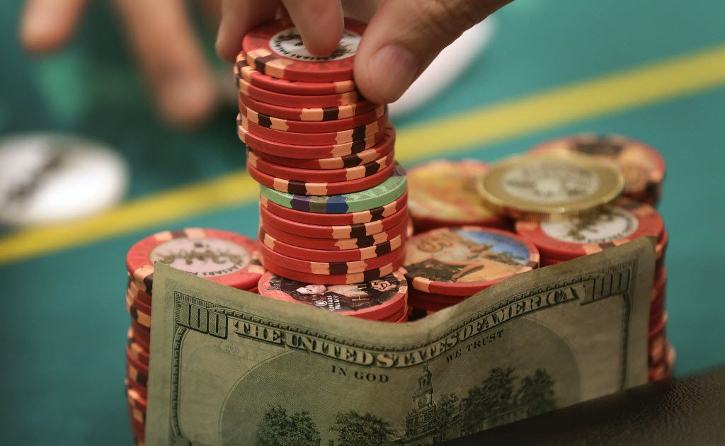 Dallas gets its first official poker room, with the blessing of the city  council
