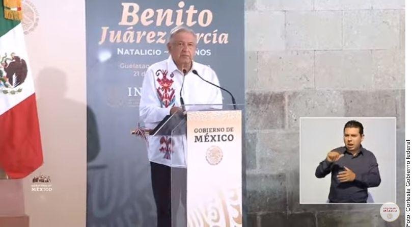 El presidente mexicano Andrés Manuel López Obrador anunció cambios a la pensión de adultos mayores para que a partir de julio se entregue desde los 65 años y llegue de forma gradual a 6 mil pesos bimestrales en 2024.