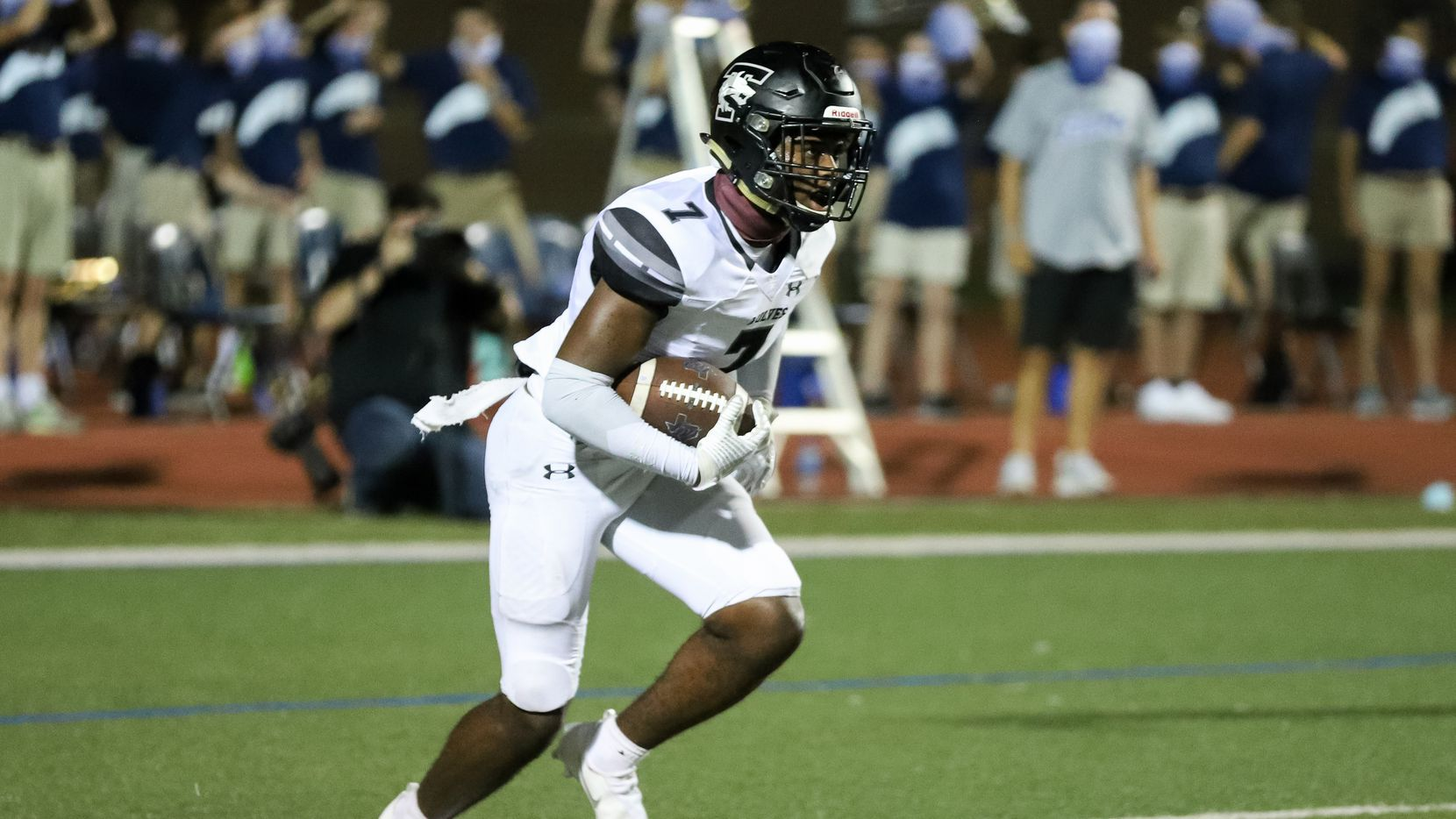 Mansfield Timberview defensive back Landon Hullaby (7) returns a kickoff against Flower Mound during the second half at Neal E. Wilson Stadium in Flower Mound, Friday, October 9, 2020.