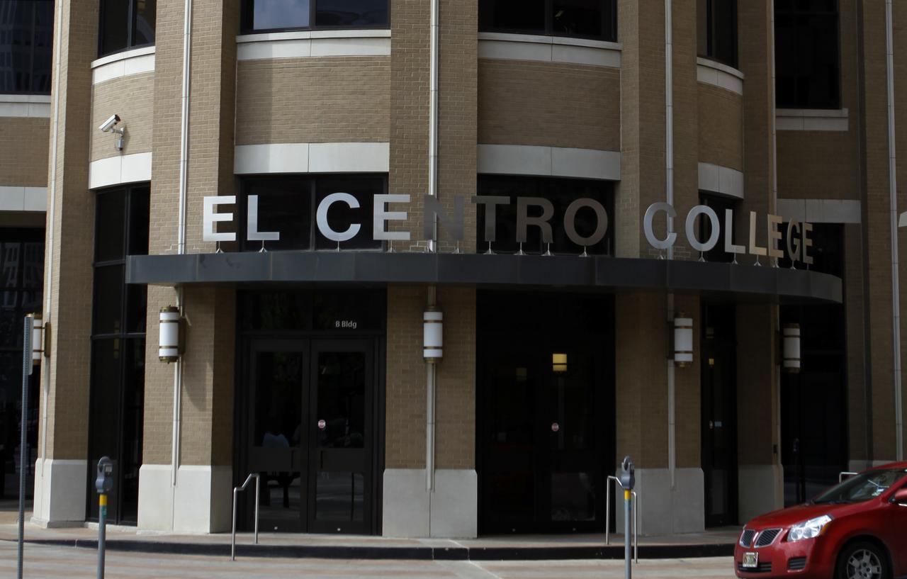El Centro College en Dallas es una de las escuelas que ofrece becas para estudiantes sin documentos. (ARCHIVO/DMN)