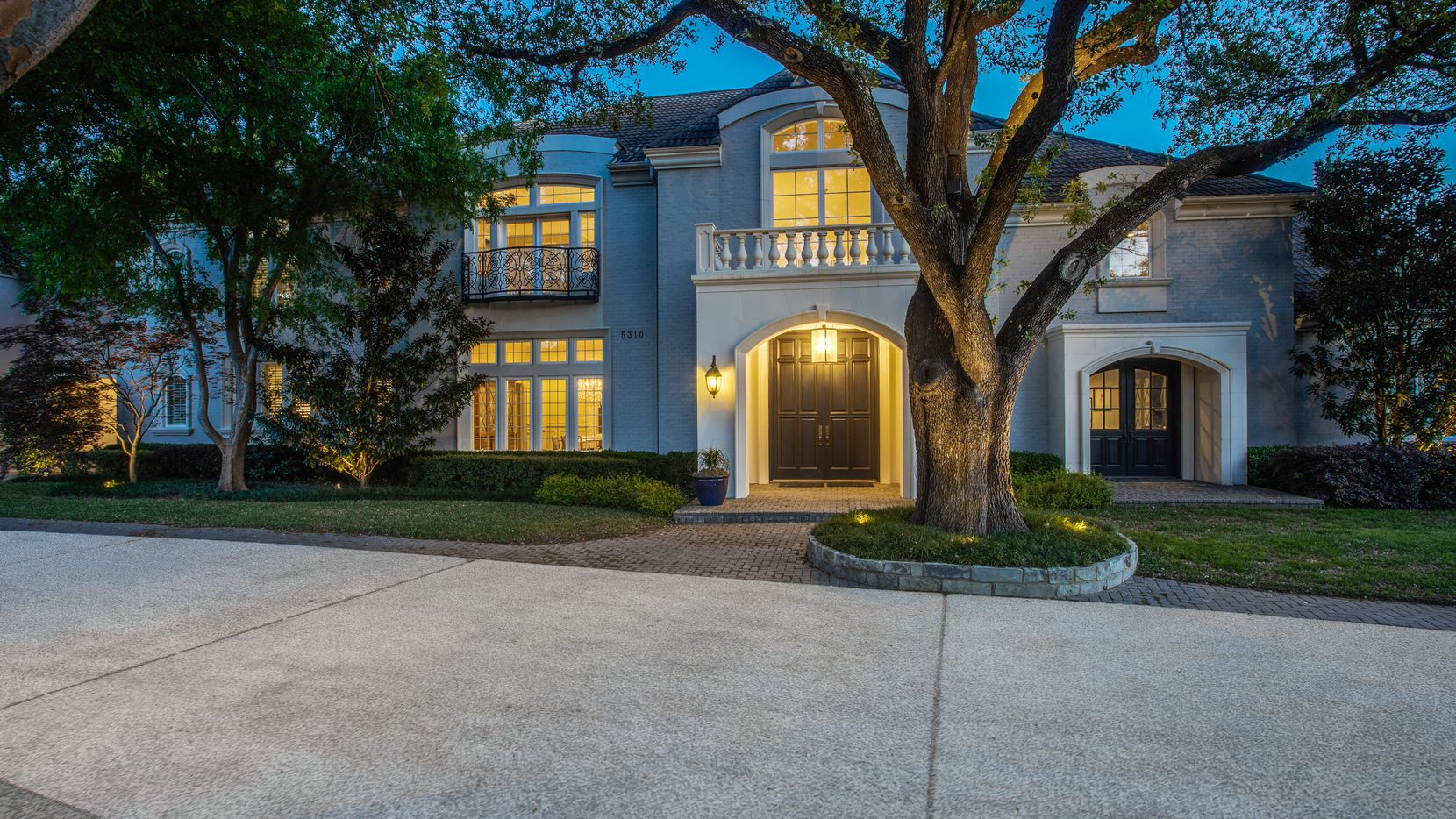 A look at the property at 5310 Meaders in Dallas.