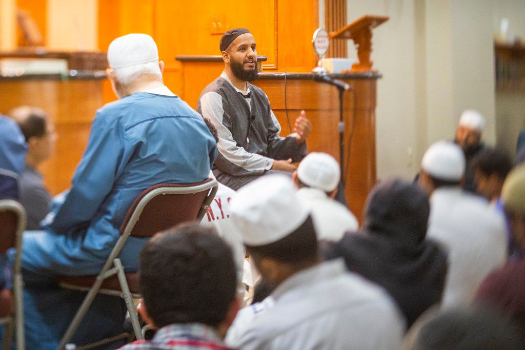 Mufti Hussain Kamani gives a sermon during a break in prayer at Islamic Association of Collin County in Plano on Sunday, June 2, 2019. Mufti is a Muslim legal expert who is empowered to give rulings on religious matters. (Shaban Athuman/Staff Photographer)