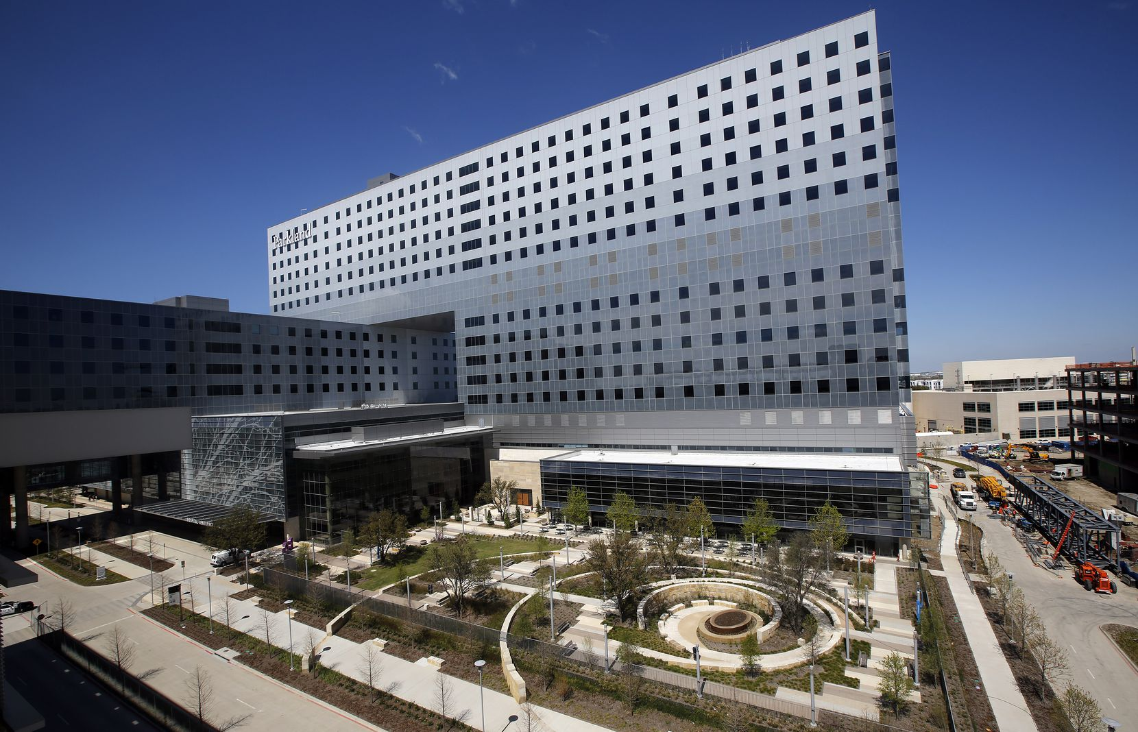 The new Parkland Memorial Hospital was a massive addition to the Dallas landscape.