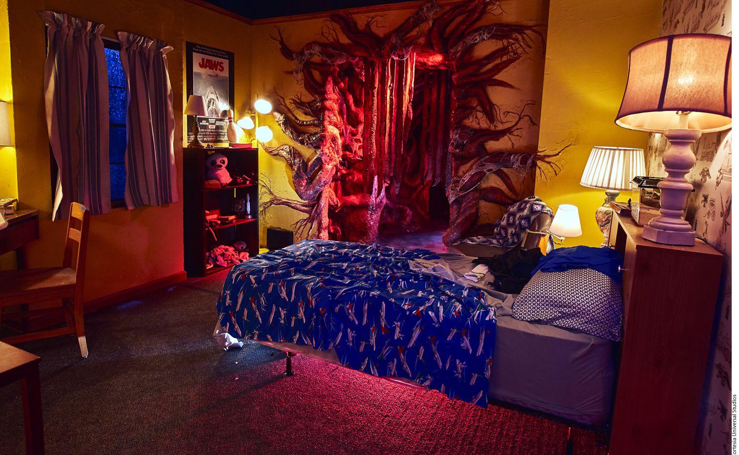 Stranger Things cobrará vida en los parques temáticos de Universal Studios de Orlando, Hollywood y Singapur como parte de sus noches de terror.