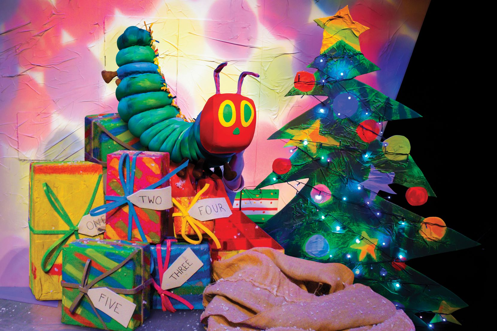 """Dallas Children's Theater presents """"The Very Hungry Caterpillar Christmas Show,"""" a good way for the holidays to creep up on you."""