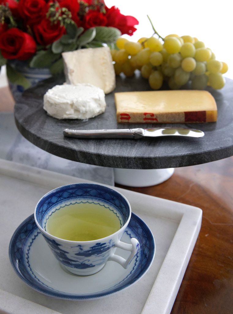 Japanese green tea favors young, creamy cheeses