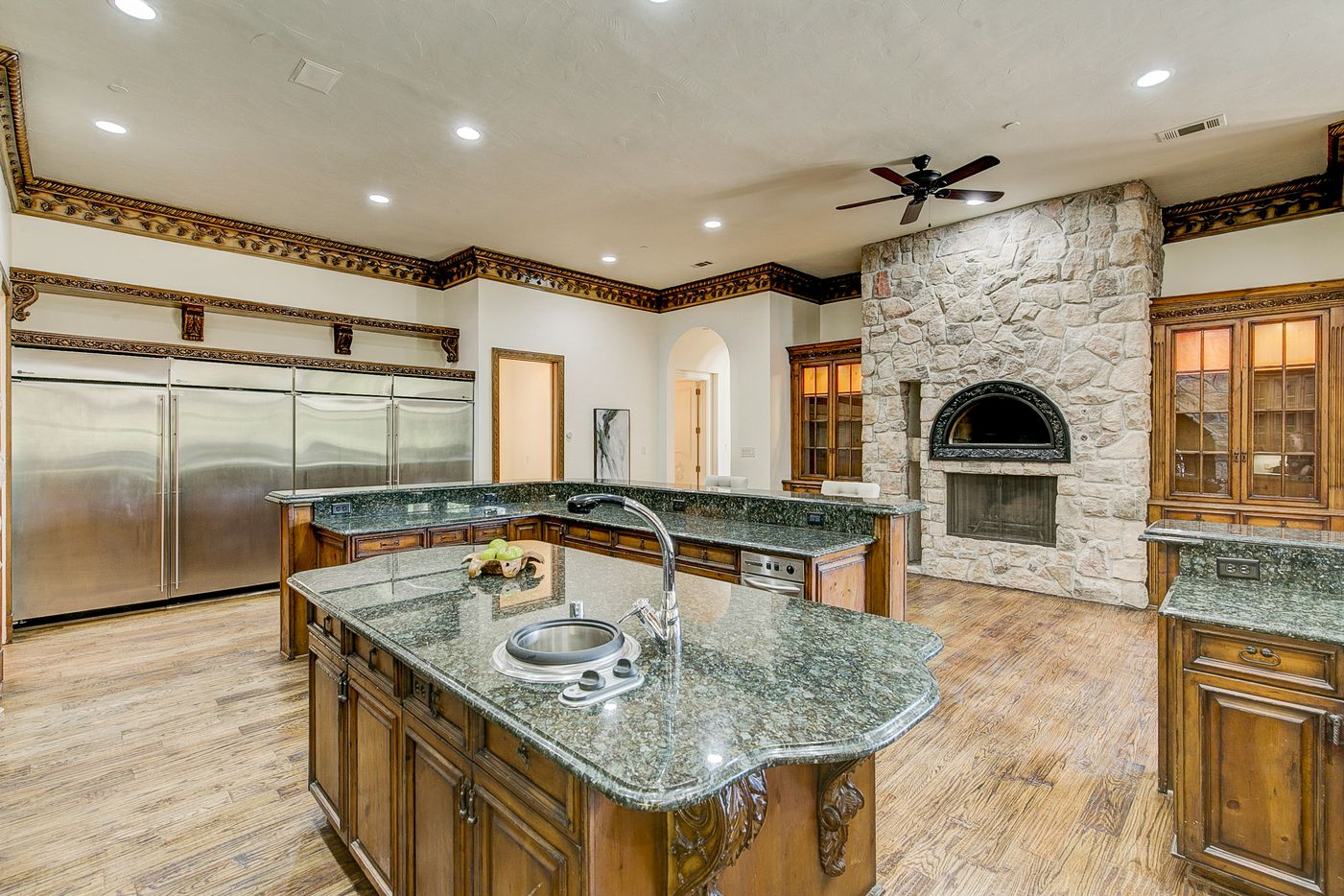Kitchen, with pizza oven, at 2000 Willow Bend Drive. (Norman and Young)