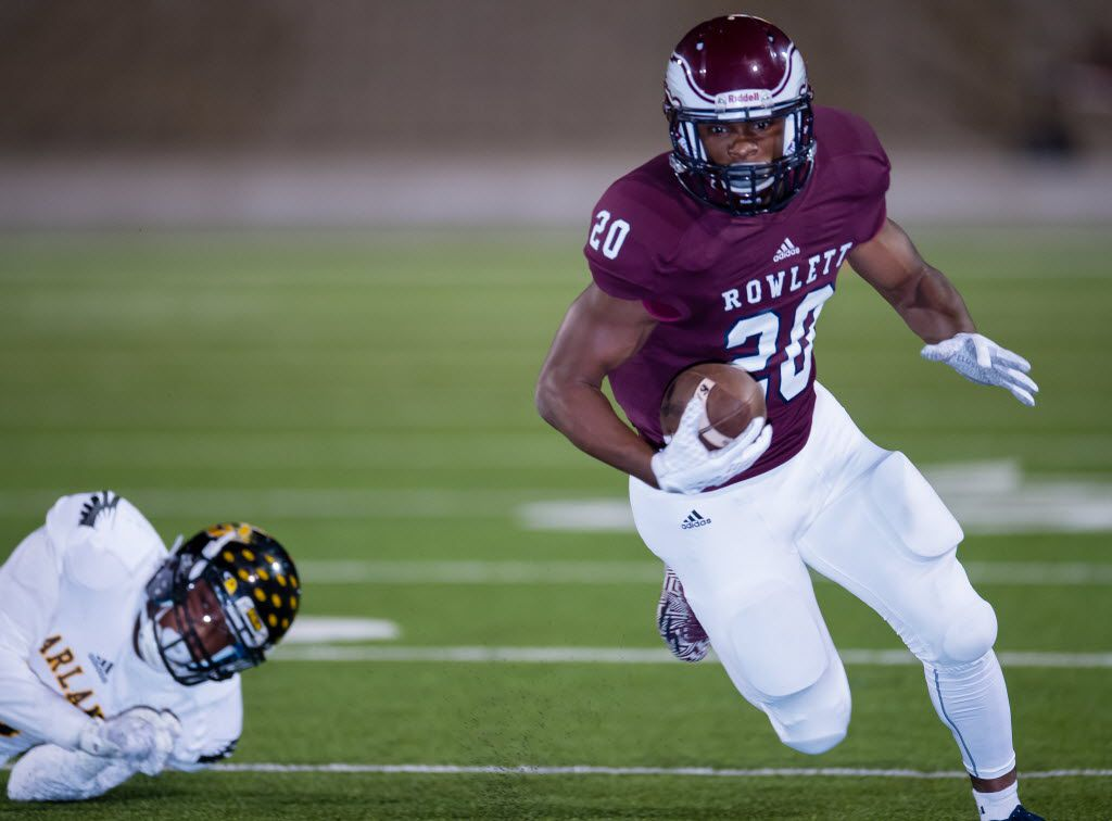 Rowlett wide receiver LaDarius Dickens (20) had 11 catches for 133 yards and a touchdown against Garland.