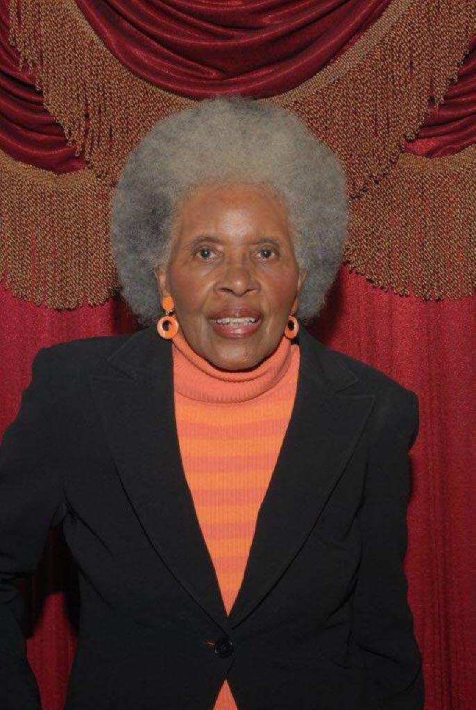 Chris Gilliam's mother, Kathlyn Gilliam, helped lead Dallas schools to desegregate.