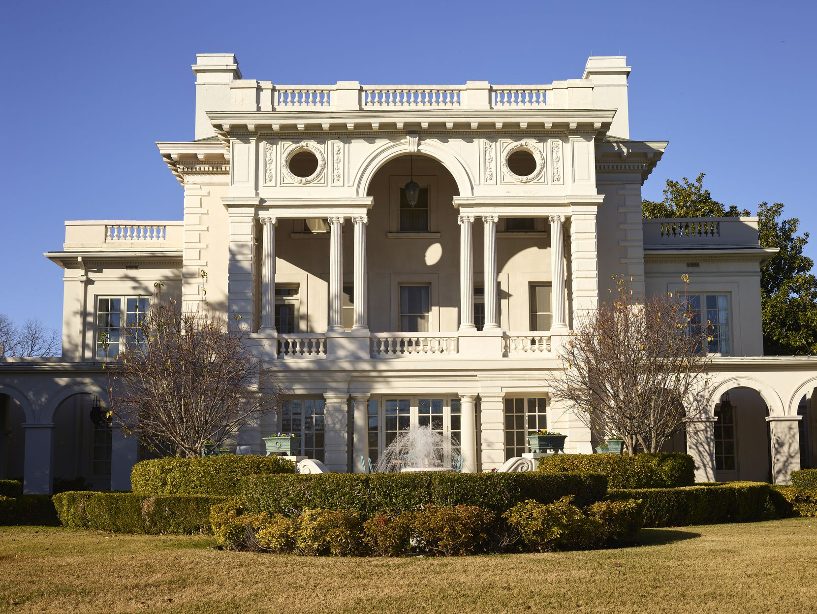 The Highland Park residence of the late Ed and Ruth Ann Cox