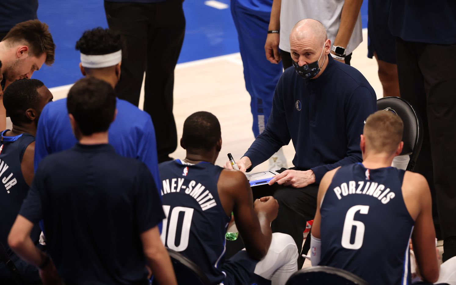 Dallas Mavericks head coach Rick Carlisle talks to the team during a timeout in a game against the Phoenix Suns during the fourth quarter of play at American Airlines Center on Monday, February 1, 2021in Dallas. The Dallas Mavericks lost to the Phoenix Suns 109-108. (Vernon Bryant/The Dallas Morning News)
